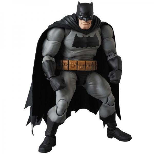 MAFEX Batman - Batman (The Dark Knight Returns)  15639420