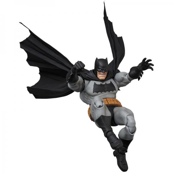 MAFEX Batman - Batman (The Dark Knight Returns)  15639421
