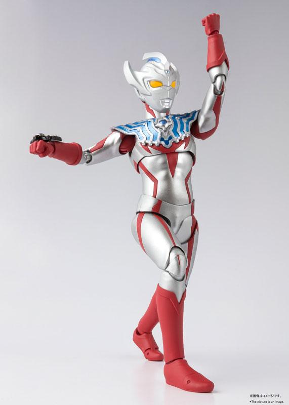 Ultraman (S.H. Figuarts / Bandai) - Page 8 15646417