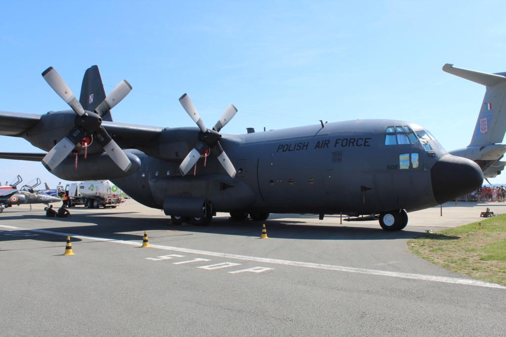 """MEETING AERIEN Aérodrome """"ALBERT (LFAQ)"""" dans la SOMME le 25/08/2019 2019-330"""