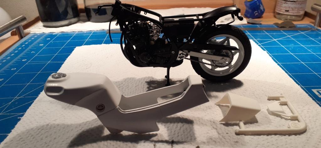 [TAMIYA] HONDA CBR 400F Endurance 1/12ème Réf 14039 - Page 3 Honda148
