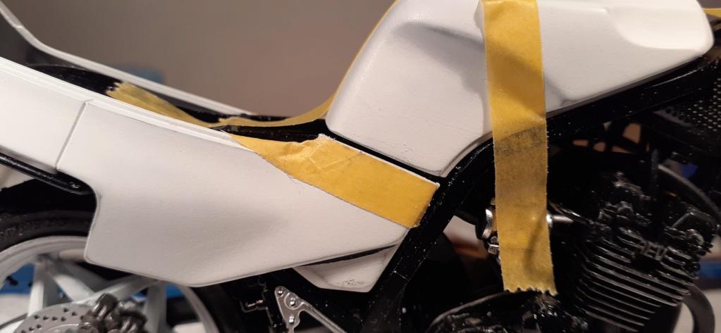 [TAMIYA] HONDA CBR 400F Endurance 1/12ème Réf 14039 - Page 3 Honda151