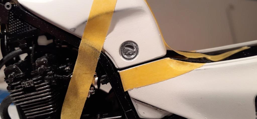 [TAMIYA] HONDA CBR 400F Endurance 1/12ème Réf 14039 - Page 3 Honda152