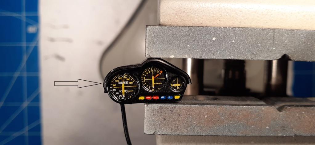 [TAMIYA] HONDA CBR 400F Endurance  1/12ème Réf 14039 - Page 4 Honda182