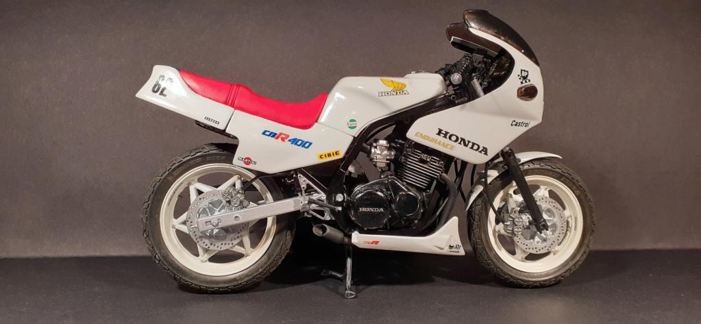 [TAMIYA] HONDA CBR 400F Endurance  1/12ème Réf 14039 - Page 4 Honda190