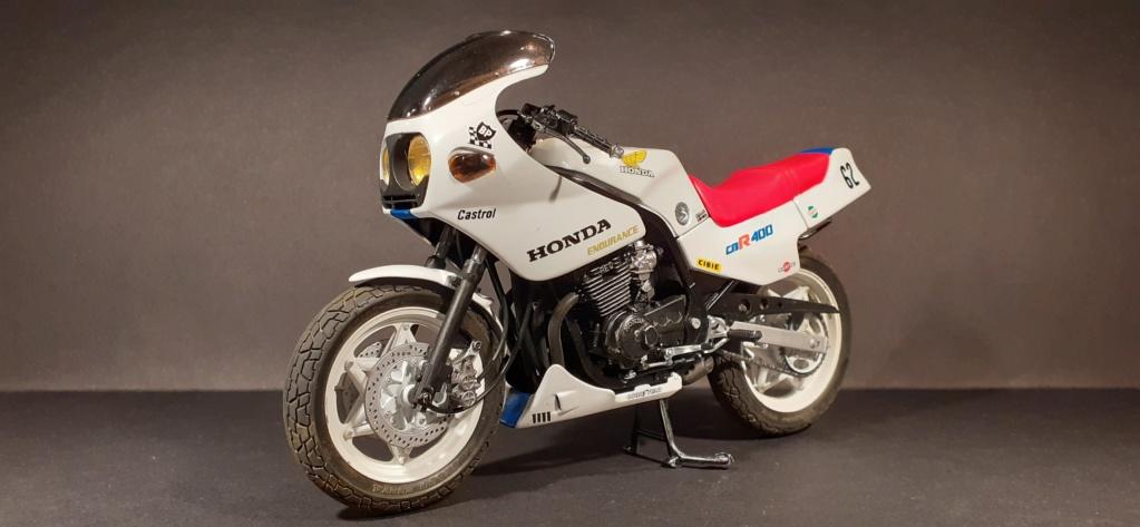 [TAMIYA] HONDA CBR 400F Endurance  1/12ème Réf 14039 - Page 4 Honda191