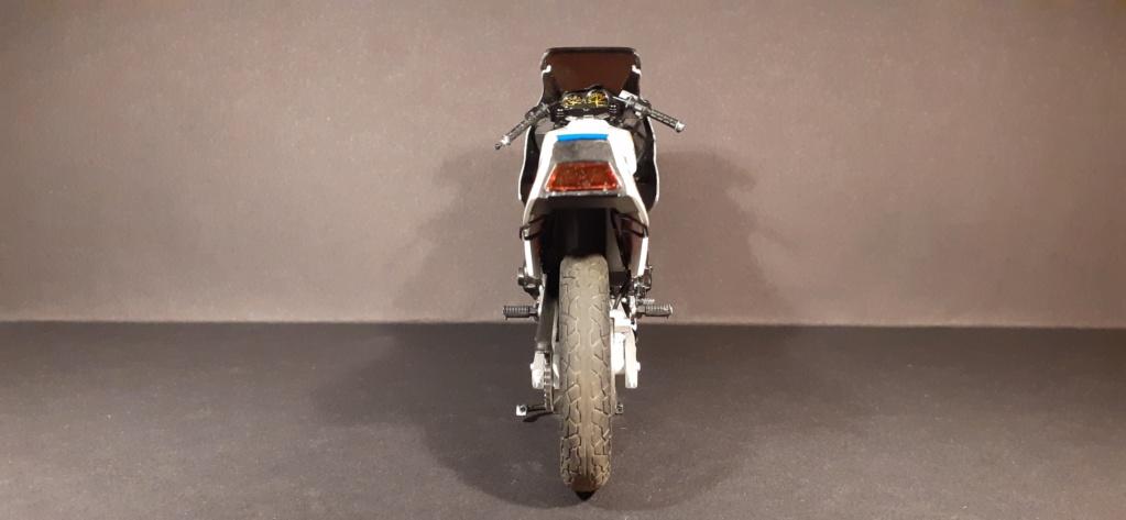 [TAMIYA] HONDA CBR 400F Endurance  1/12ème Réf 14039 - Page 4 Honda193