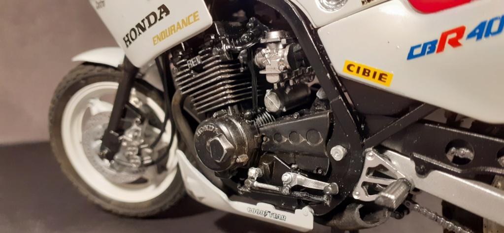 [TAMIYA] HONDA CBR 400F Endurance  1/12ème Réf 14039 - Page 4 Honda201