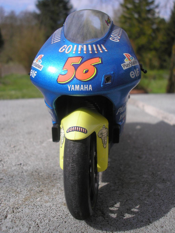 [TAMIYA] HONDA CBR 400F Endurance 1/12ème Réf 14039 - Page 2 Yamaha40