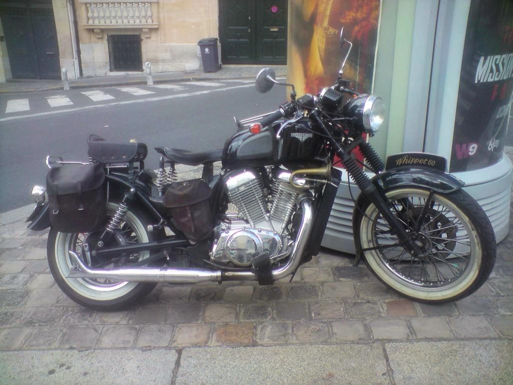 Moto Motobecane ?(vu dans la rue) P0808131