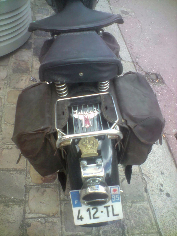 Moto Motobecane ?(vu dans la rue) P0808134