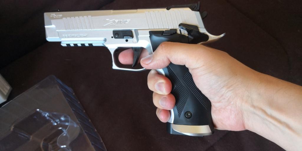 Répliques Sig Sauer ASP & Glock 17 - Page 2 Img_2011