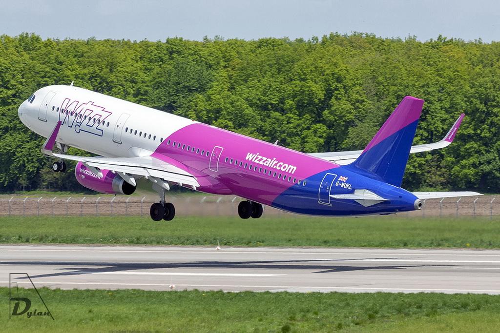 Aeroportul Suceava (Stefan Cel Mare) - Mai 2019   Img_6912