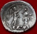 Victoriato republicano Anónimo. ROMA incusa 214