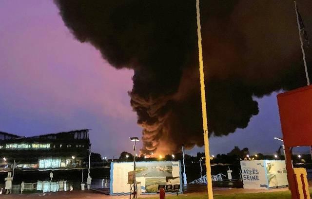 Incendie à Rouen 640x4114