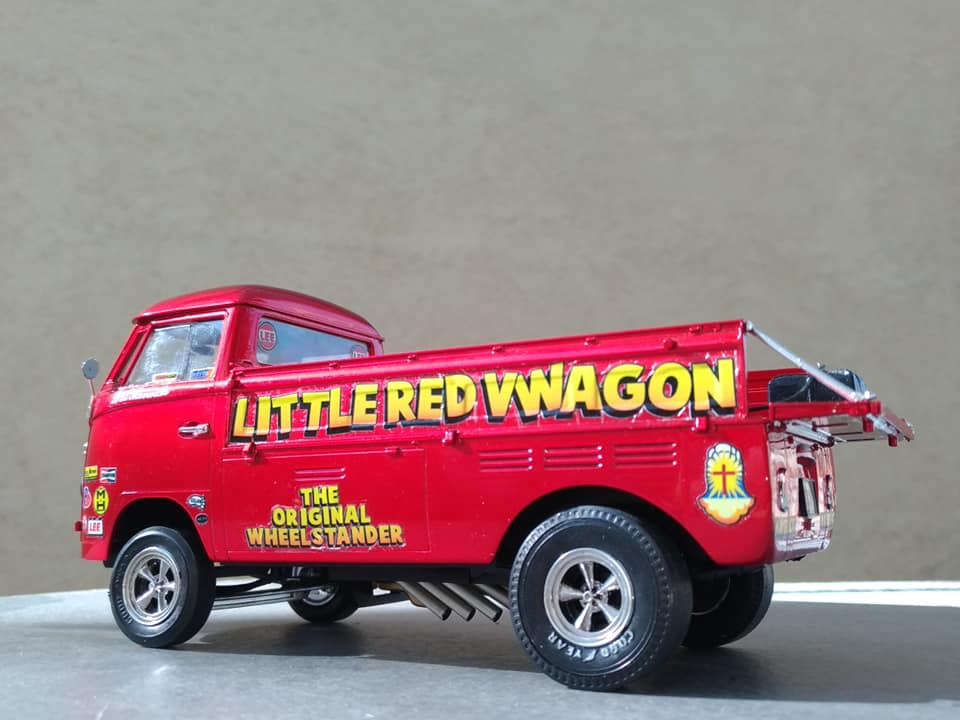 little red vwagon 69095710