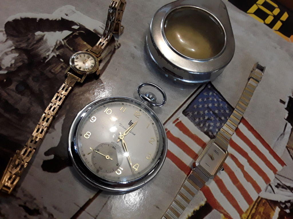 Un post qui référence les montres de brocante... tome IV - Page 39 15697510