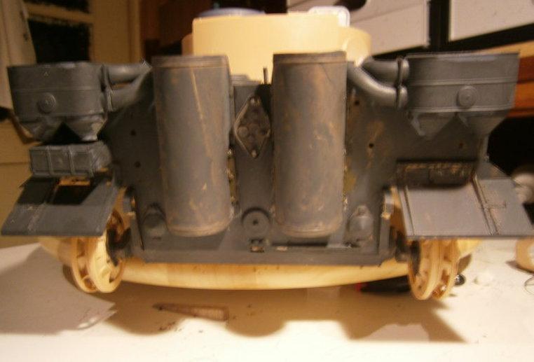 Pz.Kpfw.VI Tiger I ,,E,,  1:16  Teil 2 P1100010