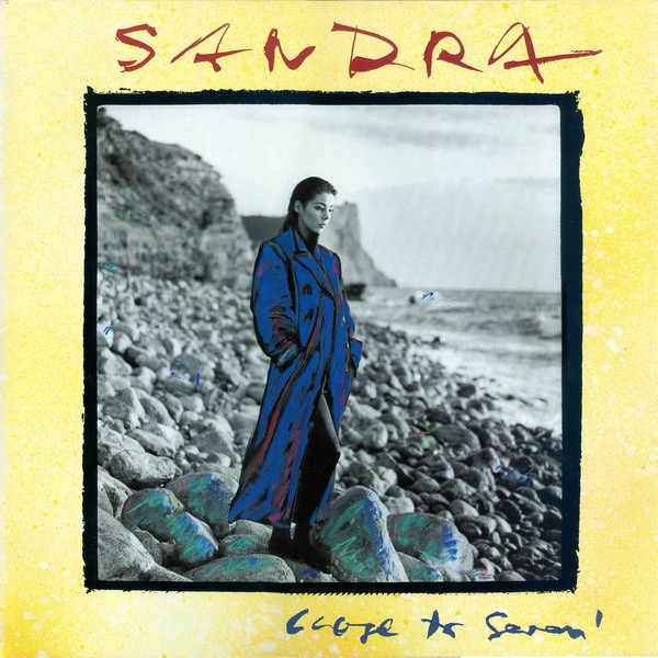 SANDRA R-873910
