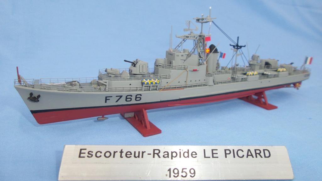 Escorteur rapide Type E 52 A  LE PICARD  F 766 20120836