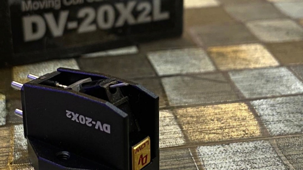 Dynavector DV20X2 L (SOLD) Whats168