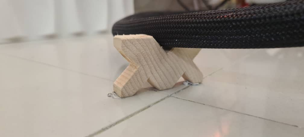 Wooden multi block cable lifter Whats198