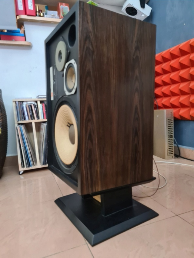 JBL L100 with DIY stand Whats221