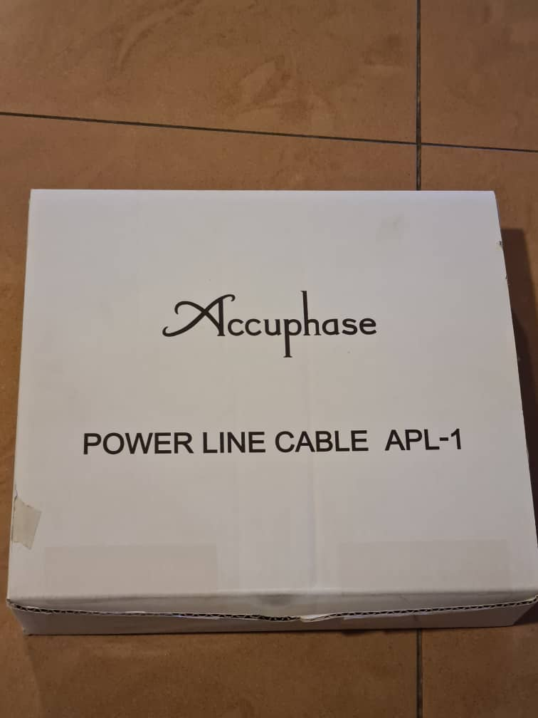 Accuphase power line APL-1 Whatsa76