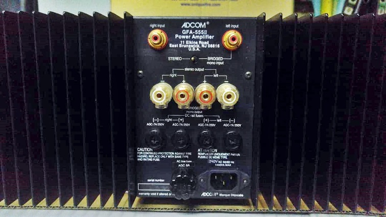 Adcom  Pre GFP-710 & Power GFA-555 II(200W) Whatsa42