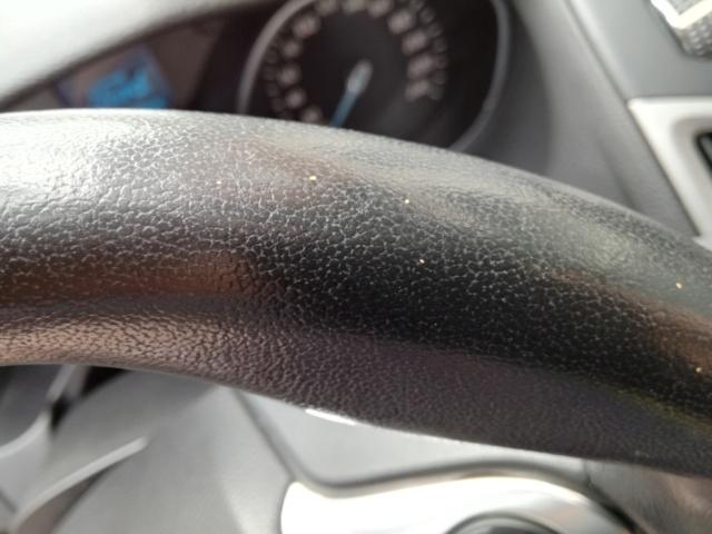 macchie di resina su volante in pelle Img_2016