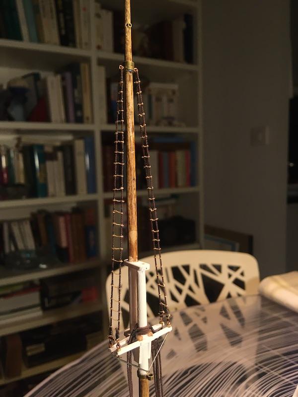 3-mâts barque Pourquoi Pas? - 2) Gréement (Billing Boats 1/75°) de Yves31 - Page 22 1089_e10