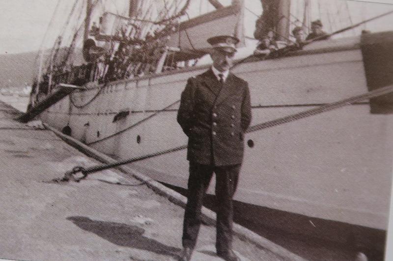 Pourquoi Pas? 1908 (1/75° Billing Boats) de Yves31 - Page 36 774_co10