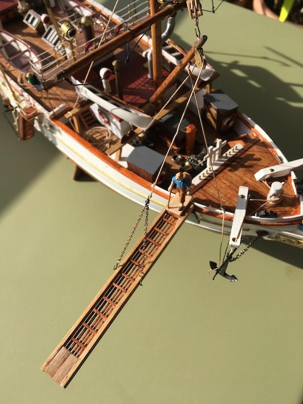 Pourquoi Pas? : Partie-1 Coque & pont (Billing Boats 1/75°) par Yves31 - Page 37 804_pl10