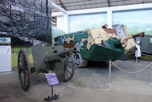 Visite du musée des blindés de Saumur Blinde10