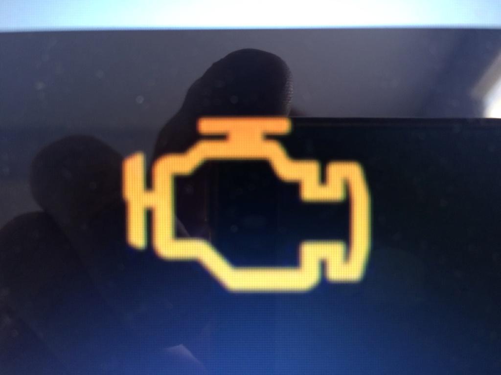 [ Opel Corsa B 1.0 54CV ] Voyant défaillance électronique moteur allumé Img_5010