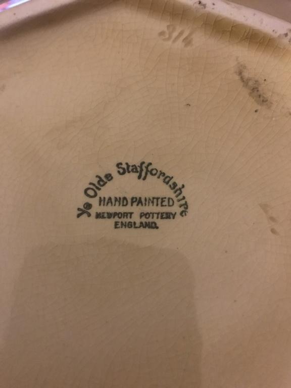 Newport pottery backstamp 5189af10