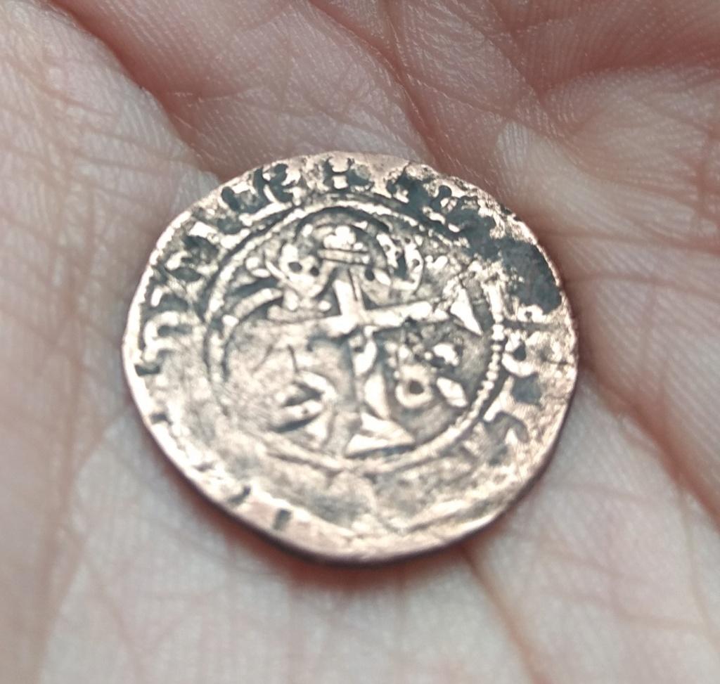 Ayuda a identificar una moneda Img_2057