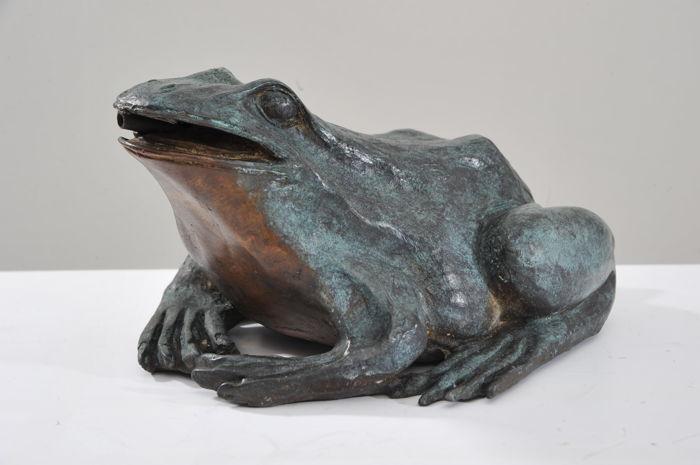 Repatiner un bronze neuf de jardin (grenouille) Cf830a10