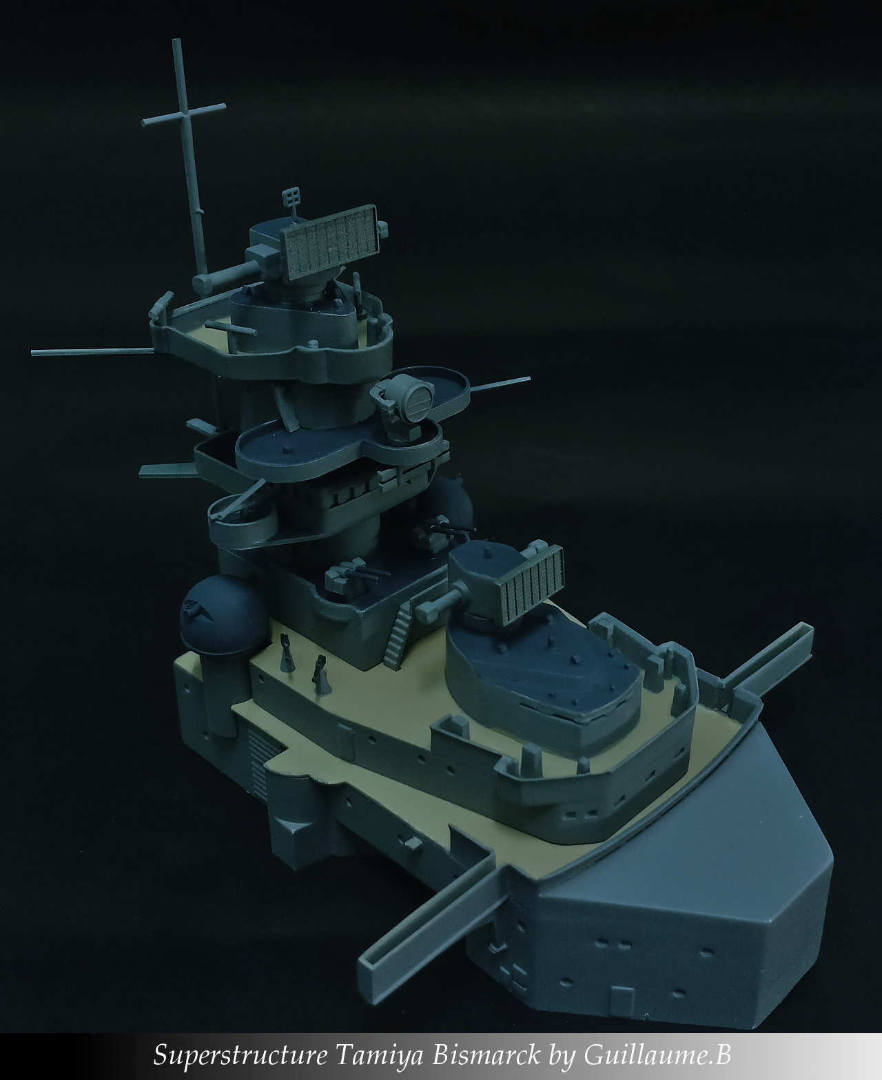 Bismarck 1/350 Tamiya  - Page 5 Supers10
