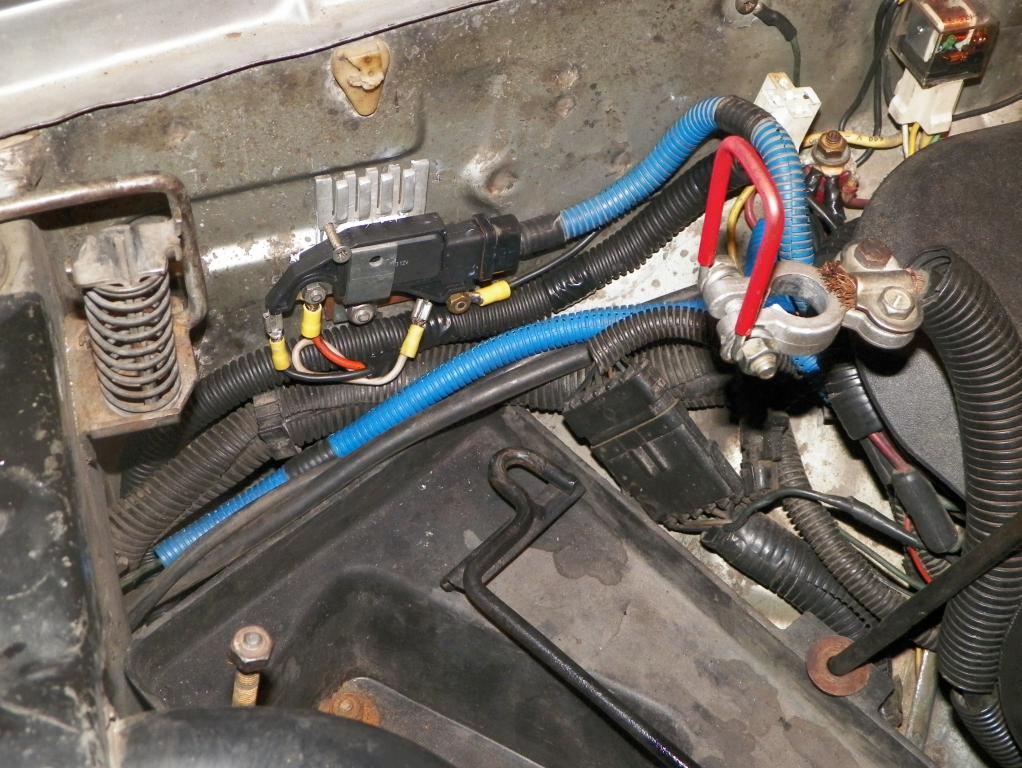 falla de alternador sube y baja la aguja del voltimetro Regula10