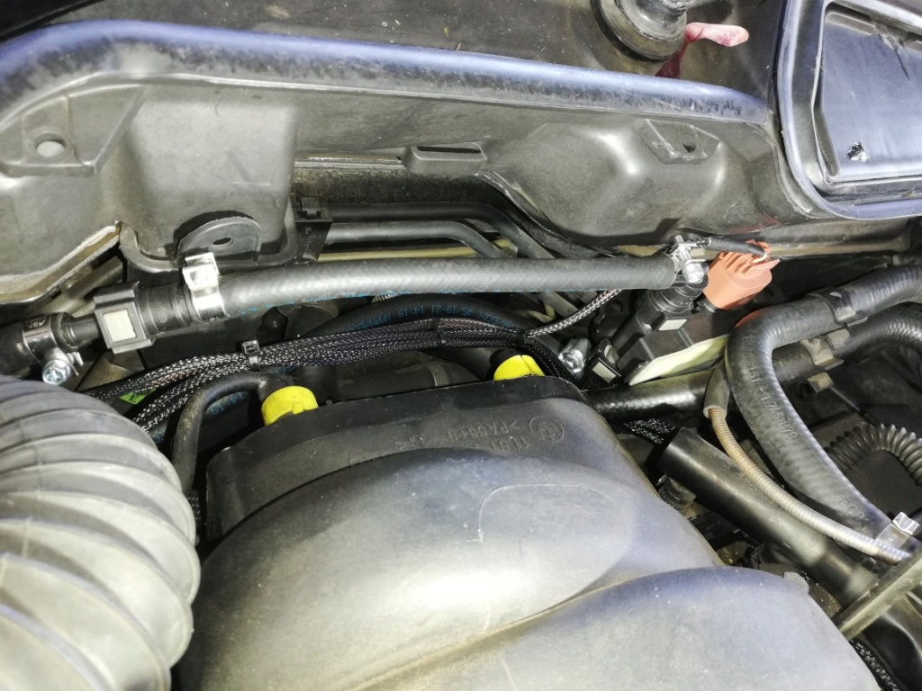 E38 M62 - Conversion flexfuel e85 Durite13