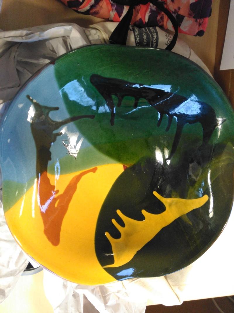 Signed modern large slipware bowl by Ceramy, Catalan, Spain Img_2014