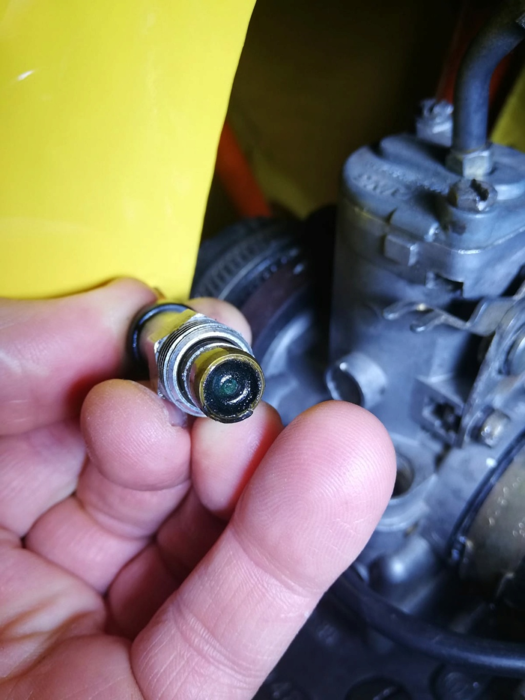 Ajuste de Carburador Bing 84-28 Carbur12