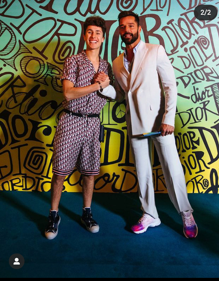 ¿Cuánto mide Ricky Martin? - Altura - Real height - Página 2 Screen12