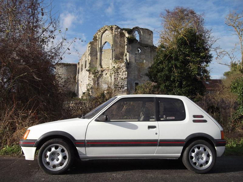 [60] 205 GTI 1L9 - 130cv -  AM87 - Blanc Meije 18479110