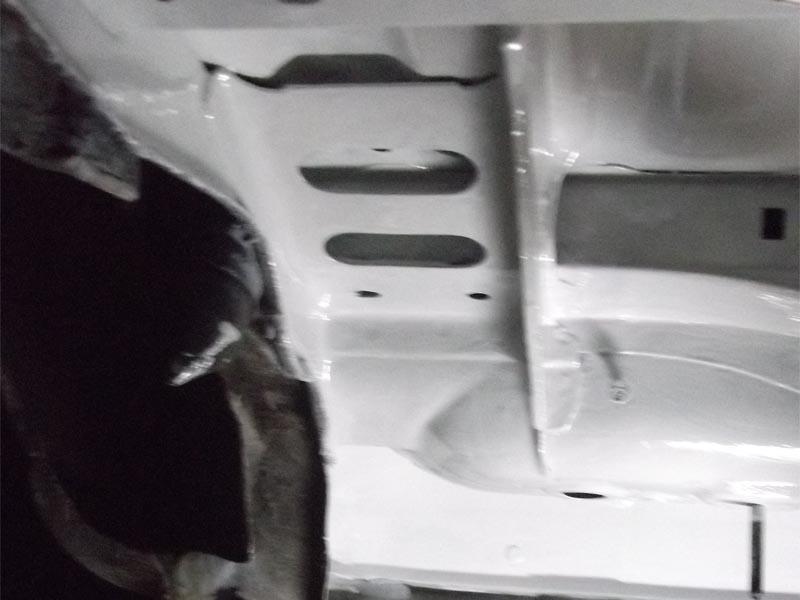 [60] 205 GTI 1L9 - 130cv -  AM87 - Blanc Meije 73859010