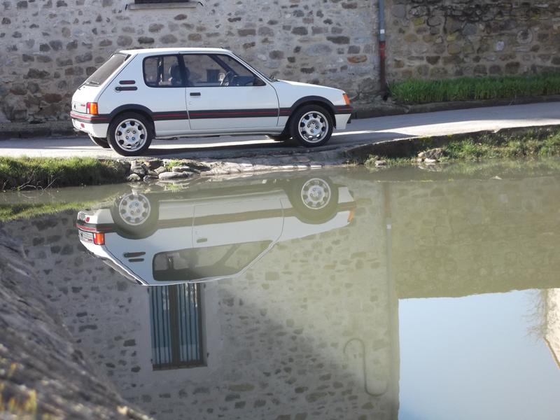 [60] 205 GTI 1L9 - 130cv -  AM87 - Blanc Meije 78320210