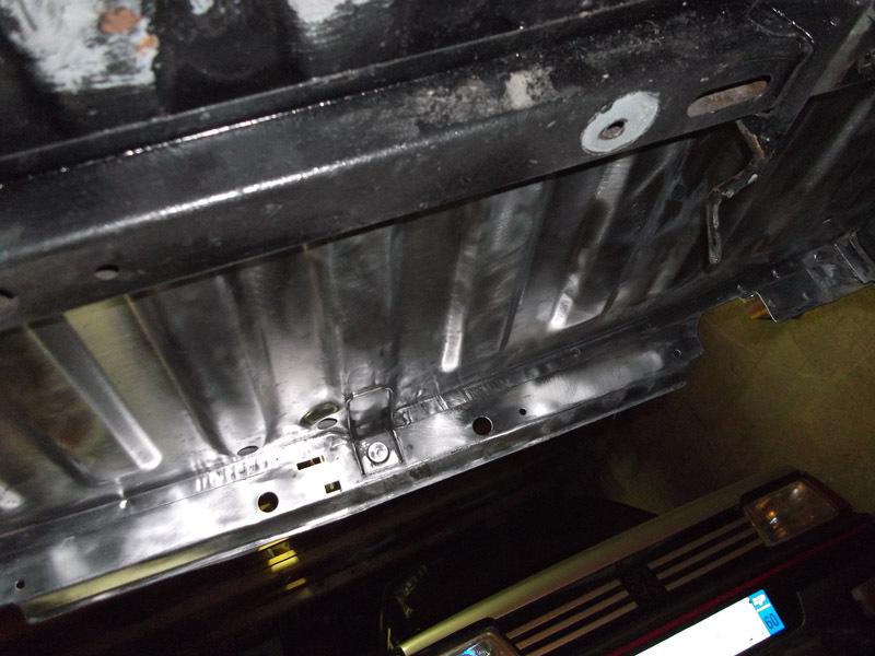 [60] 205 GTI 1L9 - 130cv -  AM87 - Blanc Meije 95403310