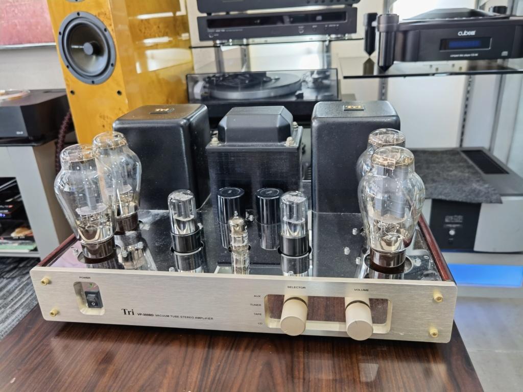 Tri VP-300B VALVE AMP (USED)  Img_2049