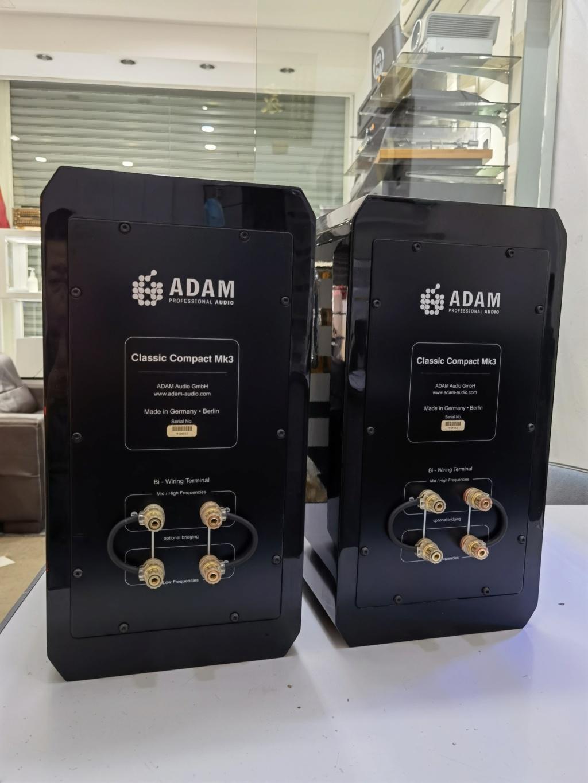 Adam classic compact Mklll (used)   Img_2069